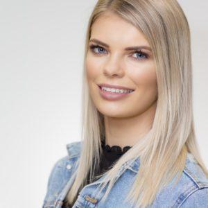 Celebrity Headshot Emma